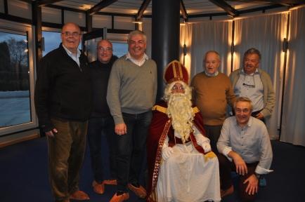 Saint-Nicolas et les Membres du Comité des jouets...